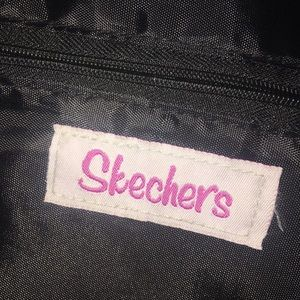 Skechers Argyle Heart Print Messenger Bag